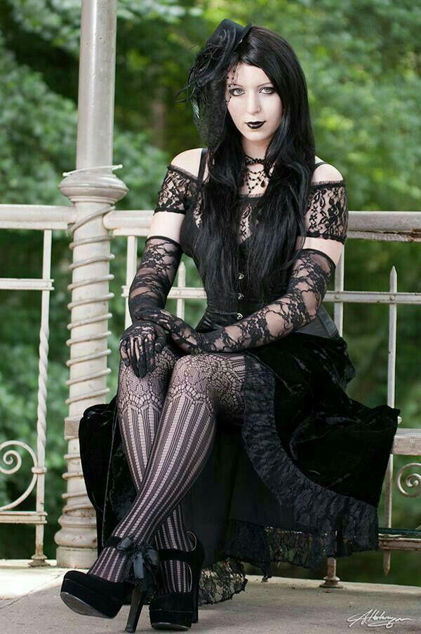 ღ #GothicBeauty