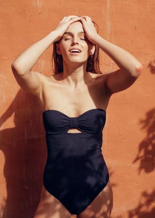 les 127 meilleures images du tableau mode femme sur pinterest hiver robes de denim et accessoires. Black Bedroom Furniture Sets. Home Design Ideas