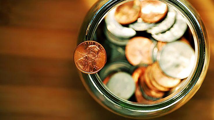 5 Personal Finance Tips for Cash-Strapped Entrepreneurs | Bearly Marketing Business Tips #business #tips #financial #entrepreneur