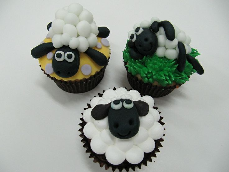 Cupcake Decorating Ideas Animals : Sheep Crafts For Kids Love for Sheep! Pinterest ...