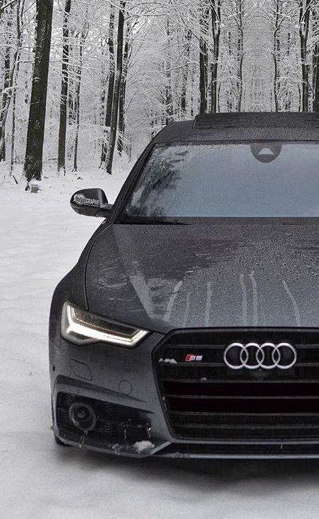 Amazing Audi S6 Sedan