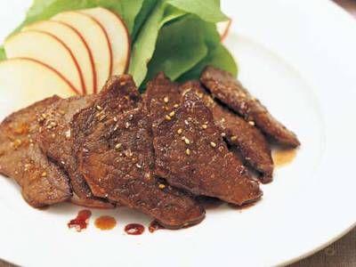 コウ ケンテツ さんのしょうゆを使った「手づくり焼き肉のたれ」。いため物、チャーハン、煮物、あえ物など、焼き肉以外にもさまざまな料理に活用できる手づくりのたれです。 NHK「きょうの料理」で放送された料理レシピや献立が満載。