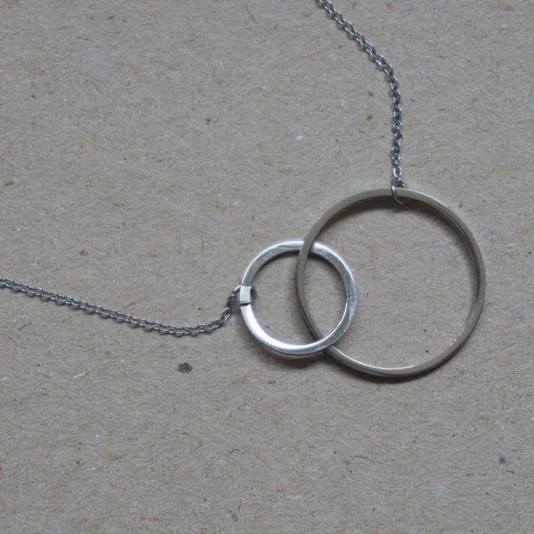 TWO CIRCLES NECKLESS