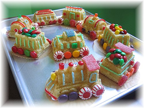 The Polar Express Rice Crispy Style! Cute if you have little ones...nice Christmas project to do with them.