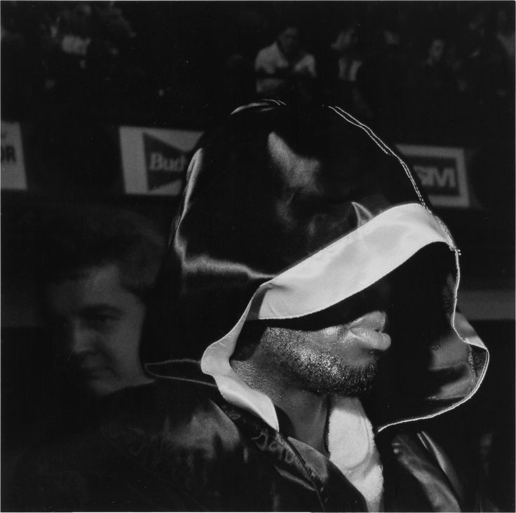 Paddle8: Boxing, Blue Horizon, Philadelphia, 1994 - Larry Fink