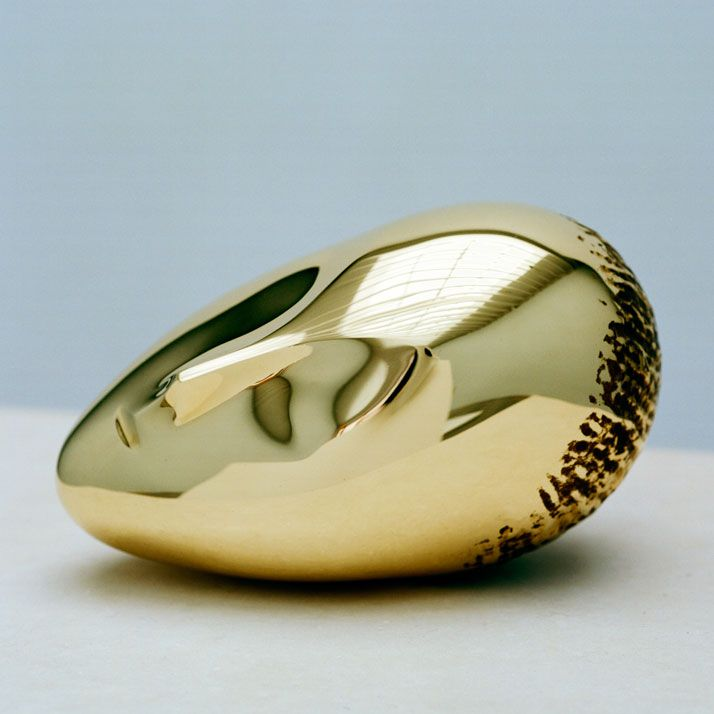 Constantin Brancusi, La Muse Endormie, 1923-2010, polished bronze, 7 3/8 x 10 1/4 x 6 1/8 inches, edition of 8. Photography by Francois Halard/© Artists Rights Society (ARS) New York/ADAGP, Paris. / Courtesy of the Brancusi Estate and Paul Kasmin Gallery. http://www.yatzer.com/brancusi-in-new-york-paul-kasmin-gallery