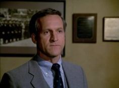 Daniel J. Travanti in Hill Street Blues (1981)