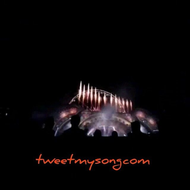Ok... #Party people in the #House  #Electronic #Dance #Music #Festival #Tomorrowland #TomorrowWorld #video #instagood #instadaily #instamood #repost #tumblr #digital #internet #socialmedia #promote #promotion #georgia #atlanta #instalike #follow #Followme #dj #djs #color #Song #Songs #bass