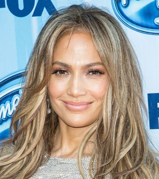Forget La Mer! Jennifer Lopez Is All About This Moisturizer | Dailymakeover