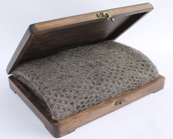 A casket made of wood is a perfect packaging for Orenburg shawls. 18$