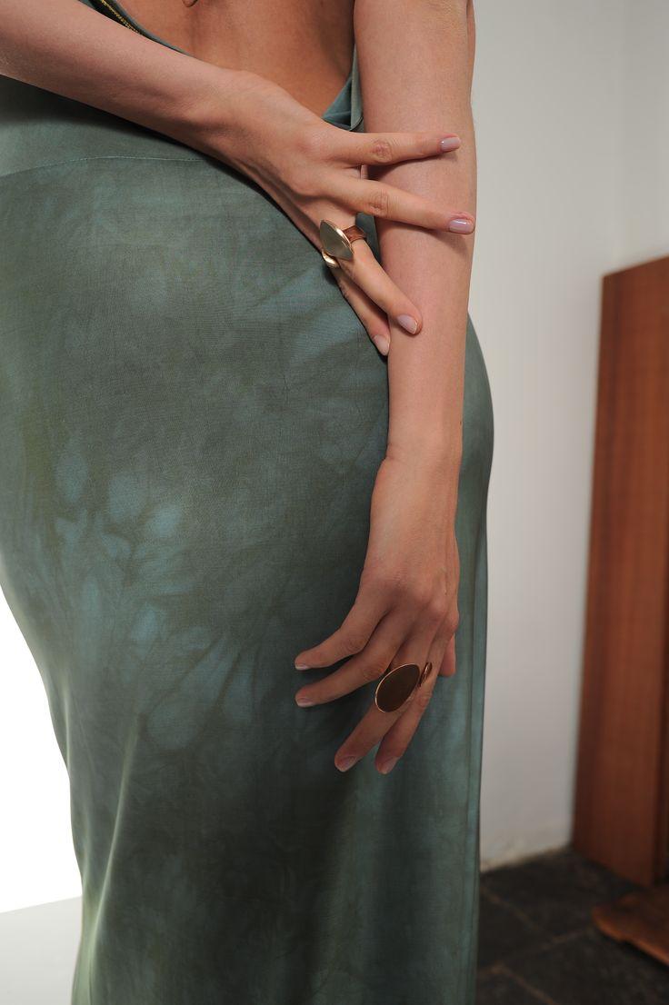 dress         - Nir Lagziel jewels        - Natsuko Toyofuku make+hair - Luca Apri starring      - Julia Mashinskaia shooting in spaziocorsocomo9 milan 2016 #fashion #fashion-addicted #jewelry #green #ring #modeling #fashionblogger #accessories #mode #bijoux #bronze #rouge #schmuck #silber #rot #gioielli #moda #bronzo #verde #accessori