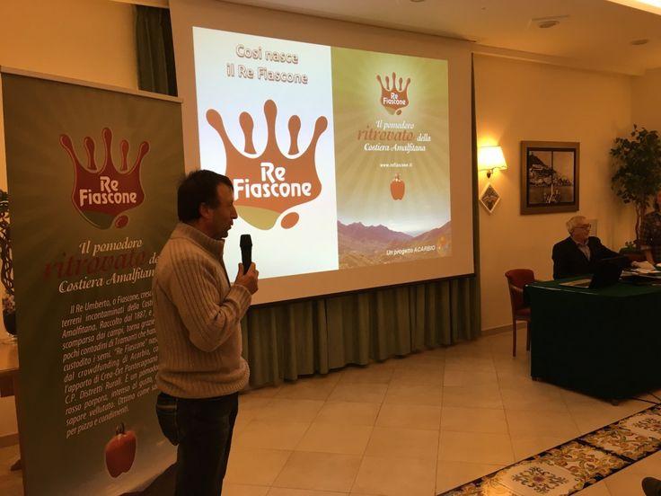Il racconto di uno dei #contadini custodi del pomodoro #ReUmberto, etichettato come #ReFiascone (#CostieraAmalfitana, #biodiversità #rurale)