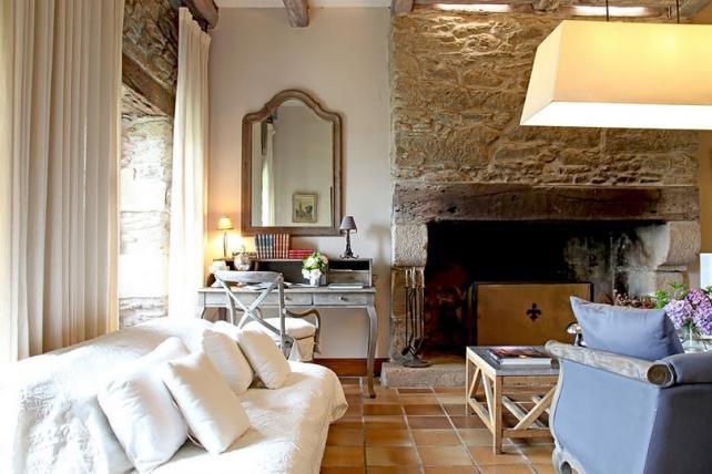Rusztikus és modern elemek, élénk színek egy szép parasztházban | Lakberendezés, Lakberendező, Lakberendezési Ötletek, Építészet