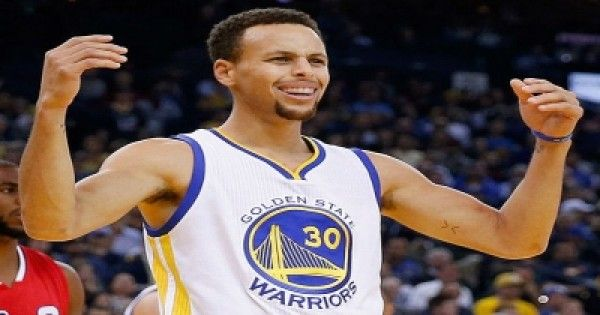 10 Reasons Why Steph Curry is the Most Popular NBA Player