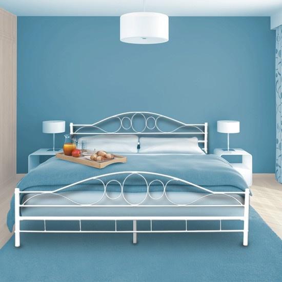 metallbett wei 25 suosittua ideaa pinterestiss bett. Black Bedroom Furniture Sets. Home Design Ideas