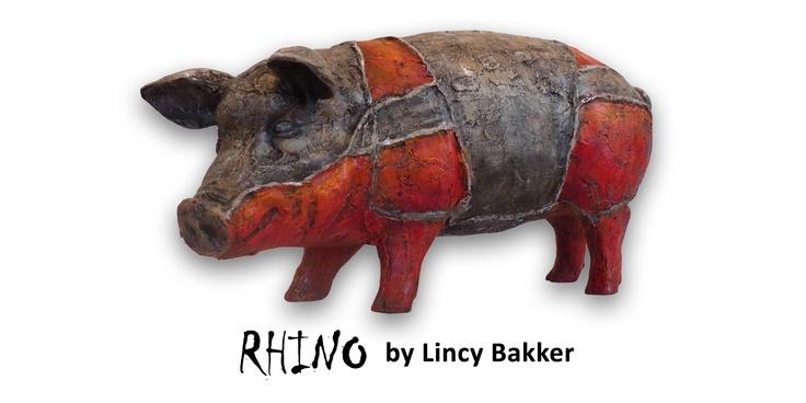 Artpig Rhine.  Lincy bakker is door haar ouders opgevoed met kunst, het grootste werk van haar gebeurt met olieverf en brons. Emotie is het thema wat in al haar werken terugkomt. Ook op deze artpig heeft ze weer eens duidelijk gemaakt dat ze weet hoe ze emotie moet uiten via haar kunstwerken.