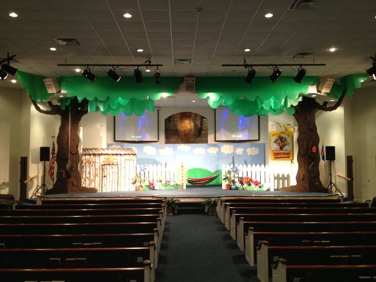 Our Stage For God S Backyard Bible Camp Vbs Vbs Decor