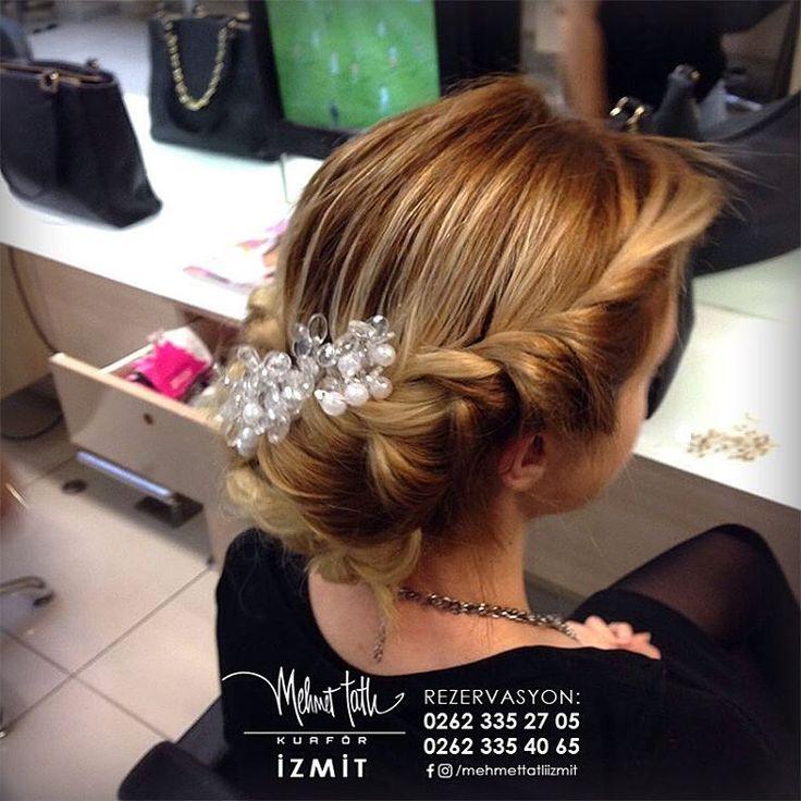 Dünyanın en seçkin saç bakım markalarını, İzmit'in tek prestijli markası Mehmet Tatlı' da bulabilirsiniz Bilgi ve Rezervasyon 0262 335 27 05 - 0262 335 40 65 #hair #beauty #saç #makyaj #mehmettatlıizmit #mehmettatlı #gelinsaçı #cool #blonde #sarışın #sarısaç #saçbakım #kerastase #haircare #weddinghair http://turkrazzi.com/ipost/1520261059494504342/?code=BUZDWEBB2eW