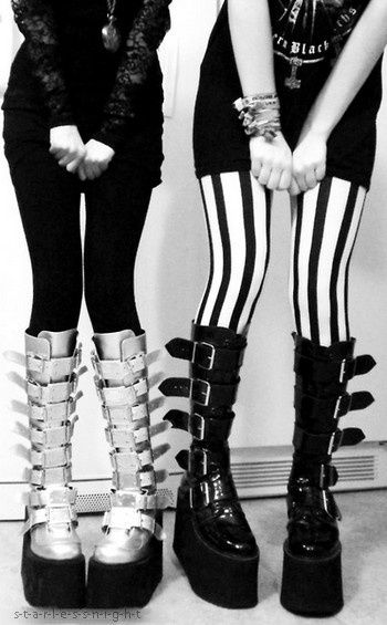 The start of every Goth girls wardrobe - a couple of decent pairs of knee boots!