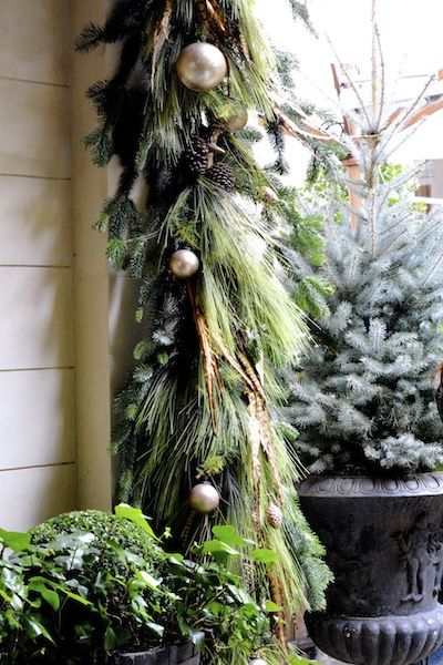 Deluxe Christmas garland - pine, feathers, pinecones, baubles -- MaiTai's Picture Book