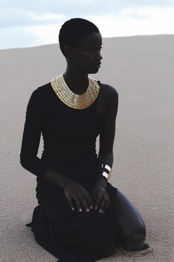 Beautiful Model: Eveline Correia Photo: Cici Jones Visit my blog: www.frolicious.de