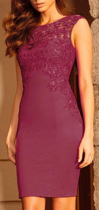 vestido vino con encaje