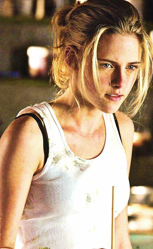 Kristen Stewart - 'In The Land Of Women'
