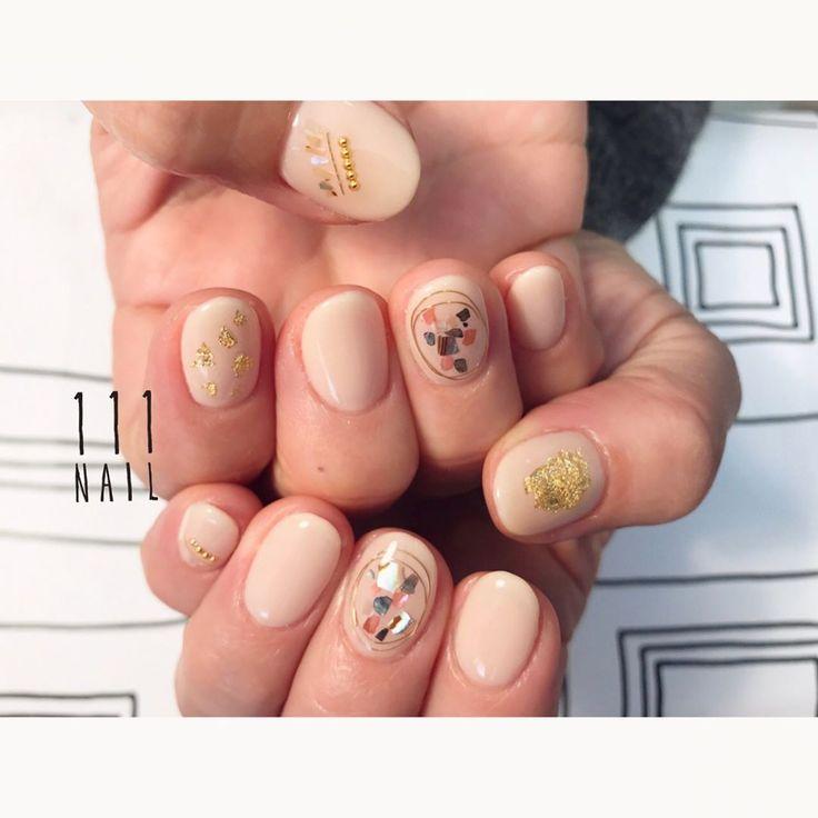 ◽️▫️◻️✨⚪️○ #nail#art#nailart#ネイル#ネイルアート#gold#ワイヤーネイル#natural#nudie#ショートネイル#nailsalon#ネイルサロン#表参道#nudie111#gold111#ワイヤーネイル111 (111nail)