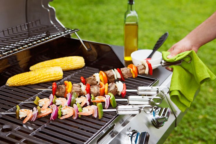 Make your cookouts a knockout success. Sliders is a set of 4 single-pronged metal skewers that keep food securely on while grilling. The sliders guide food off easily when you're ready to eat.  Features: - Set of 4 skewers - Flat prong keeps food in place for easy turning and grilling - Dishwasher safe - Sleek design with stainless steel finish  Materials: - Brushed stainless steel