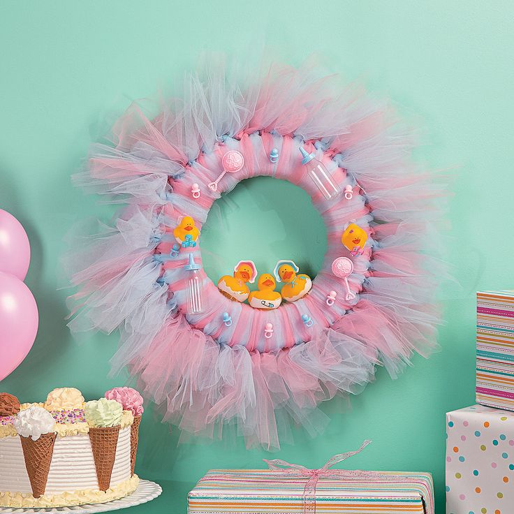 17 best images about baby shower ideas on pinterest for Baby shower decoration ideas to make