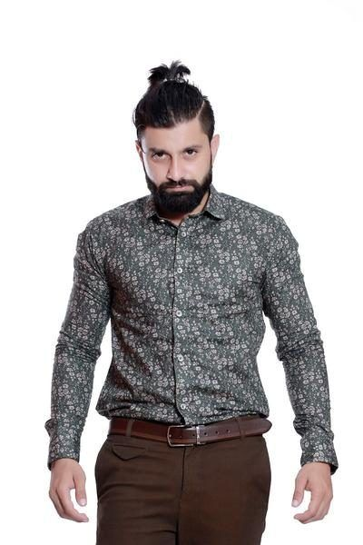 Keeping up with ongoing trends and adapting itself to the shifting contours of menswear. Get online @ http://rellin.co #gentlemenfashion #gentlemenstyle #lookoftheday #mensfashion #menswear #blogger #blog #menwithstyle #onlineshopping