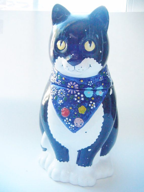 1992 House of Lloyd Black and White Cat With Blue by parkledge, $20.00