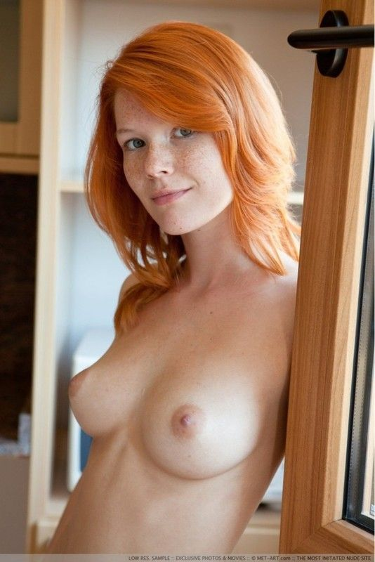 Photos nues gros boobs