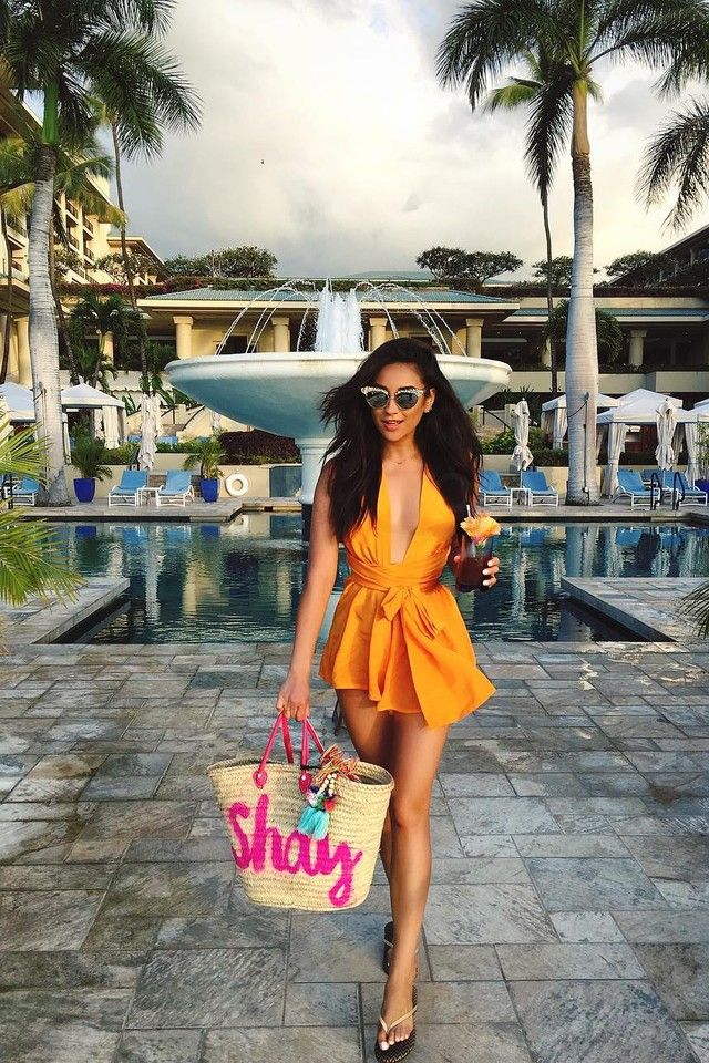 92 best shay mitchell fashion style images on pinterest for Pool fashion show