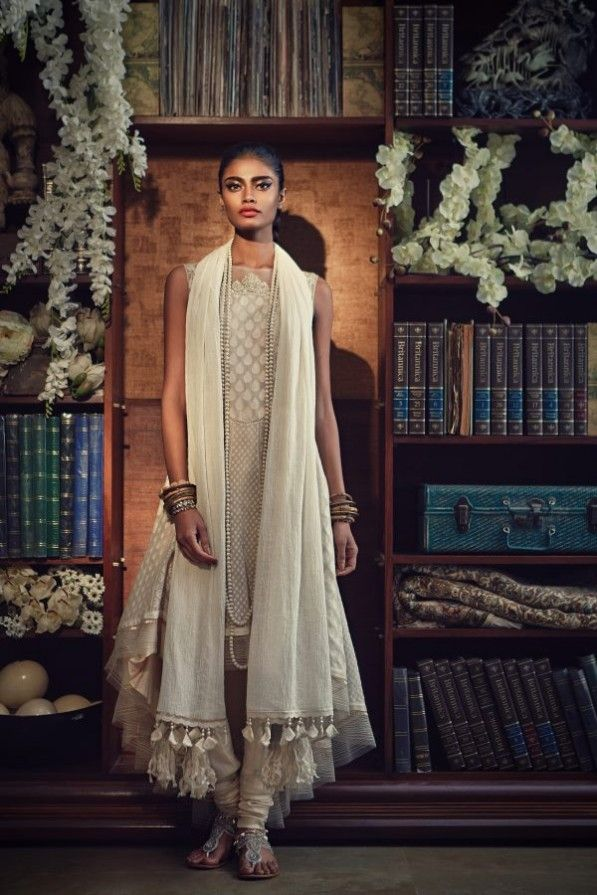 Archana Akil Kumar for Tarun Tahiliani Spring/Summer 2013 via @theComplex