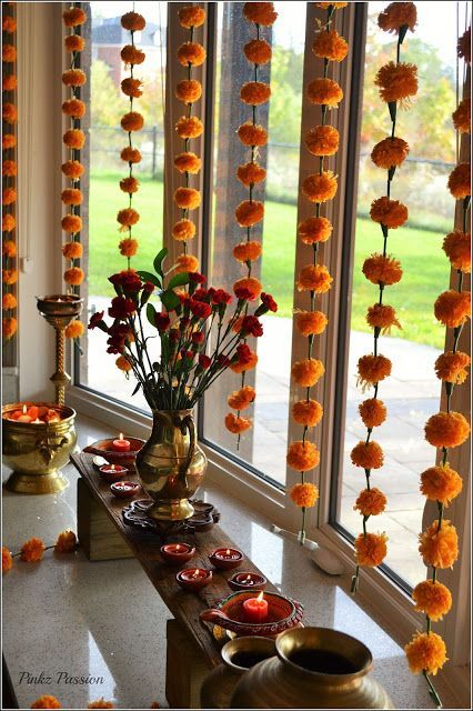 indian home decor Pinkz Passion : Diwali Party entwined with South Indian Theme Diwali Decorations At Home, Home Wedding Decorations, Diy Party Decorations, Flower Decorations, Bollywood Party Decorations, Indian Party Themes, Indian Theme, Diwali Party, Diwali Diy