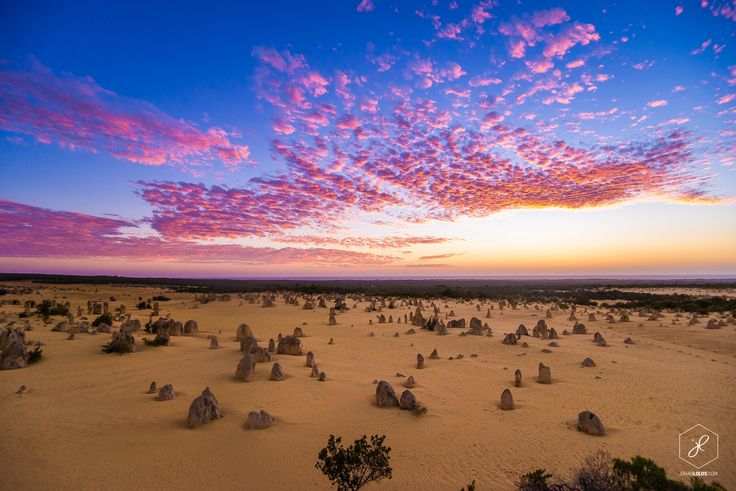 A beautyful sunset at Pinnacles in Nambung National Park, in Desert Landscape, Western Australia.  Photo By Johan Lolos