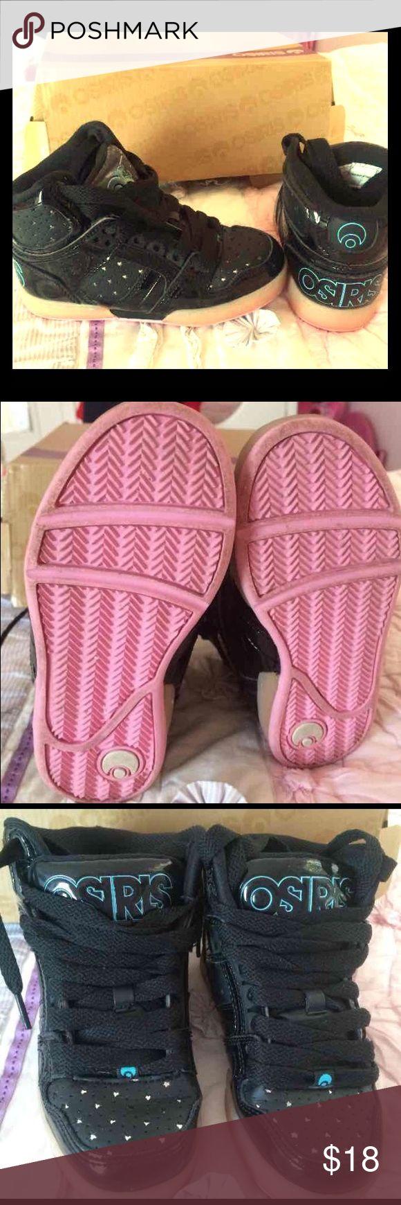 Like new size 12  Osiris star skater girls shoes. Like new size 12  Osiris star skater girls shoes. star details so adorable worn 1x Osiris Shoes Sneakers