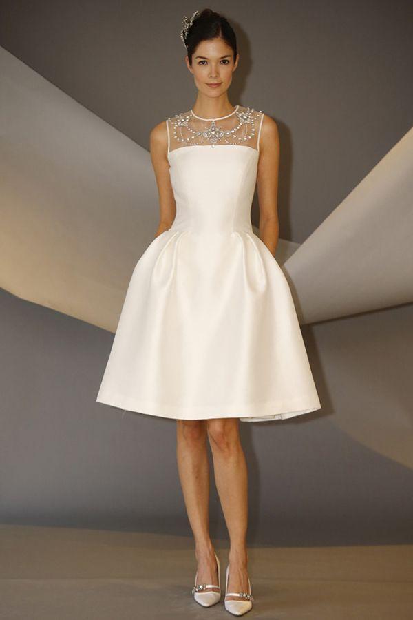 Clássico e elegante, perfeito para casamento civil. by Carolina Herrera