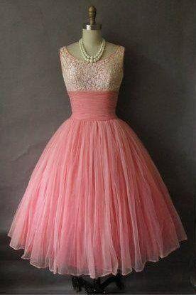 lovely pink 50's dress