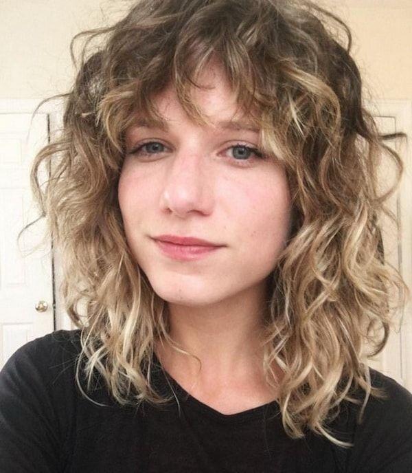 Messy Layered Shag for Medium Wavy Haircuts