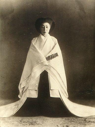 """The Taisyo Empress Teimei. 1884-1951. (It is not right to actually call """"Empress"""".   The right name of Japanese Emperor is """"Kougou"""" or """" Kougou-Heika"""".)   Taisyo era."""