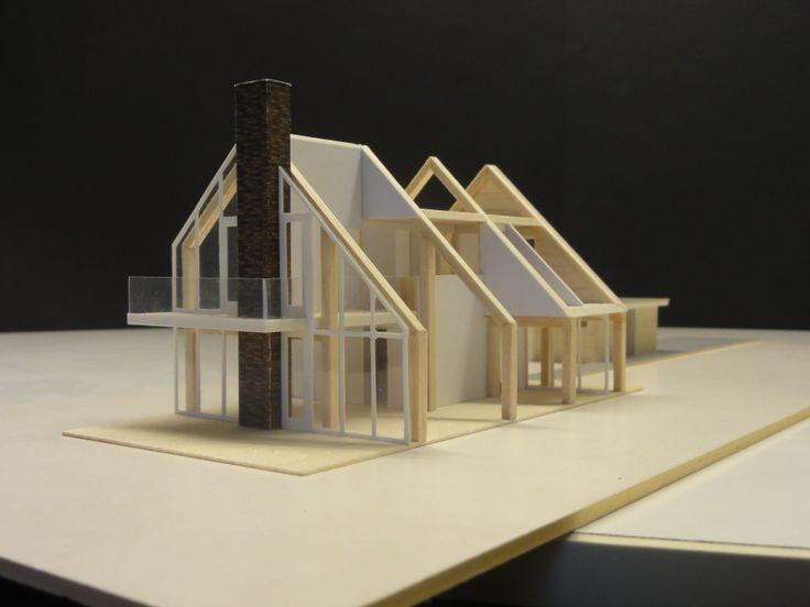De openstructuur van de woning met veel glas en prachtige eiken spanten.