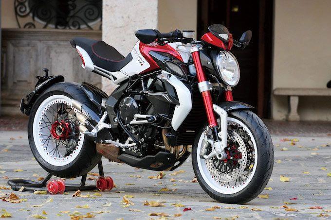 MVアグスタ ブルターレ800 ドラッグスターRR 試乗インプレ・レビュー|モト・ライド-バイクブロス