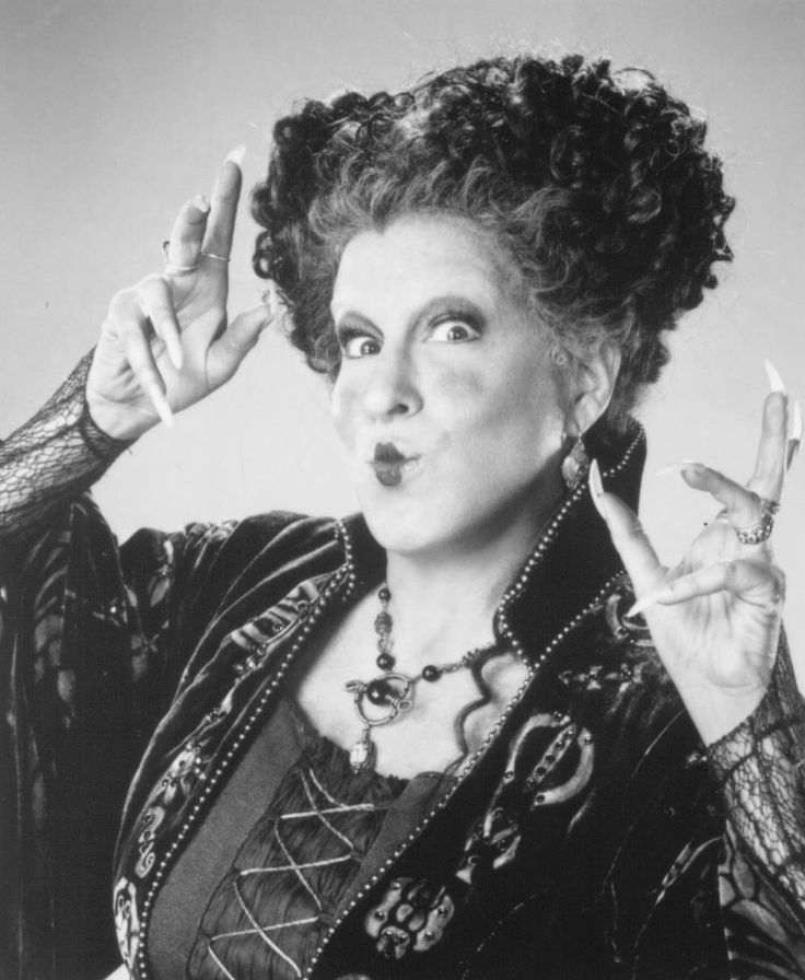 Still of Bette Midler in Hocus Pocus