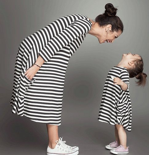 Fashion mom and kids couple look stripe dress family matching outfit clothes dress mother daughter match dress hot sale