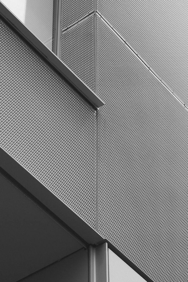 Metal Office by Takashi Yamaguchi Associates