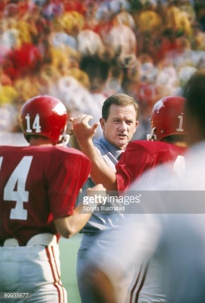 arkansas football 1970 | Arkansas coach Frank Broyles during game vs Stanford. Fayetteville ...