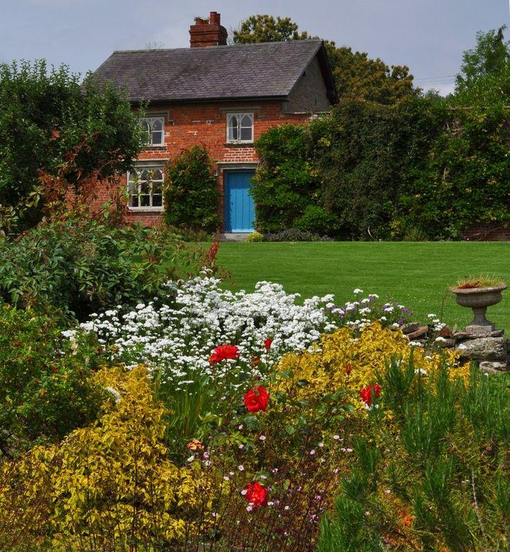Croft Cottage Dreams Cabin Small