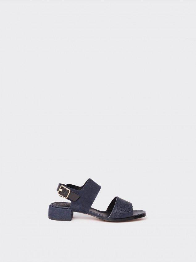*LOREAK MENDIAN    'Nere' navy sandals   Sandalias azul marino 'Nere'